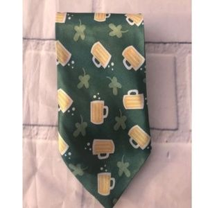 Other - St. Patricks Day Novelty Neck Tie Green Beer Mugs